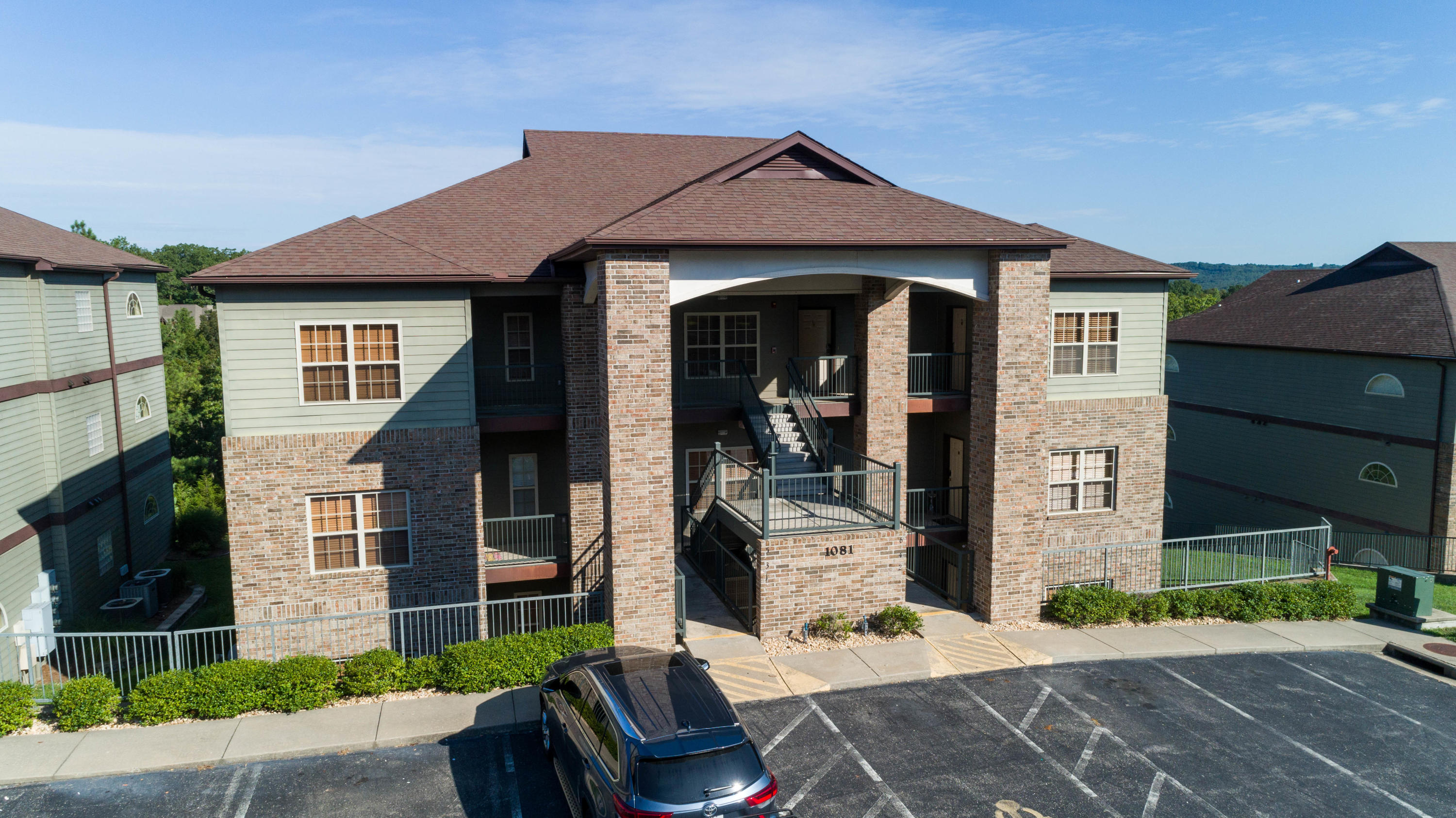 1081 Golf Drive #1 & 2 Branson West, MO 65737