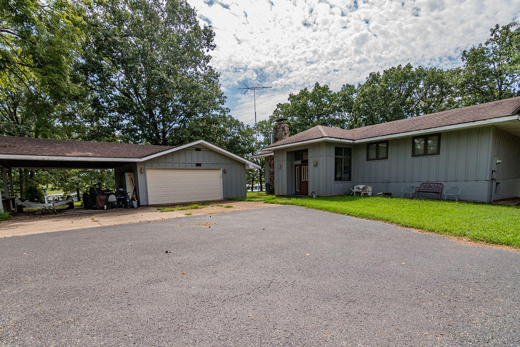 187 Presmac Point Kimberling City, MO 65686
