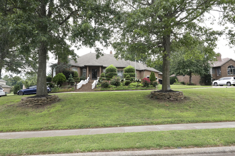 3870 East Pond Apple Drive Springfield, MO 65809