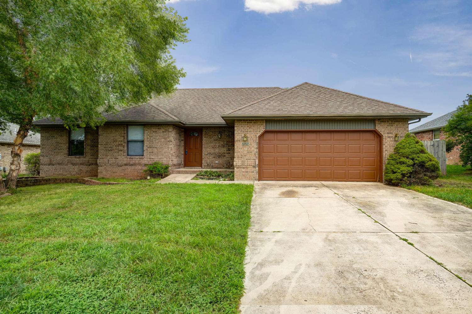 3525 West Village Terrace Springfield, MO 65810