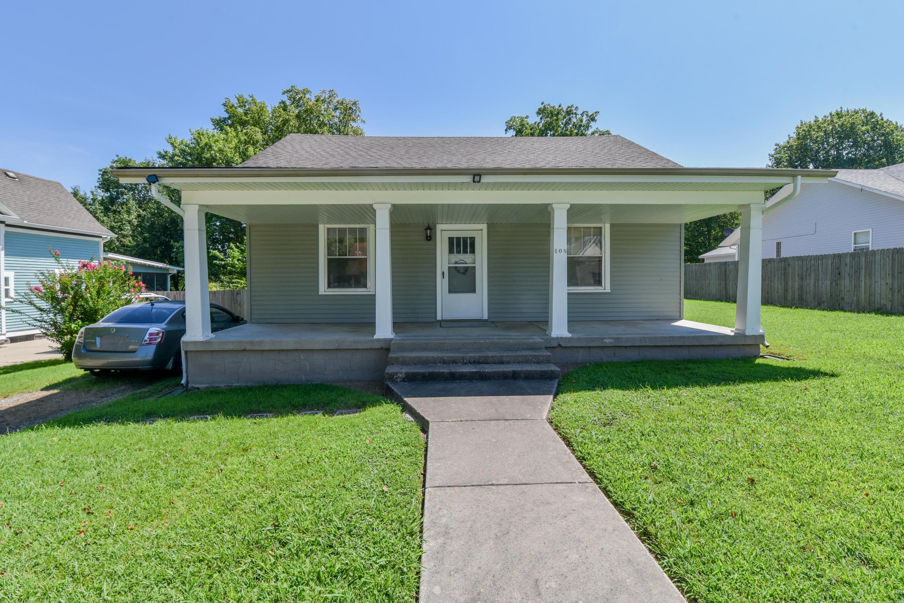 408 North 2nd Avenue Ozark, MO 65721