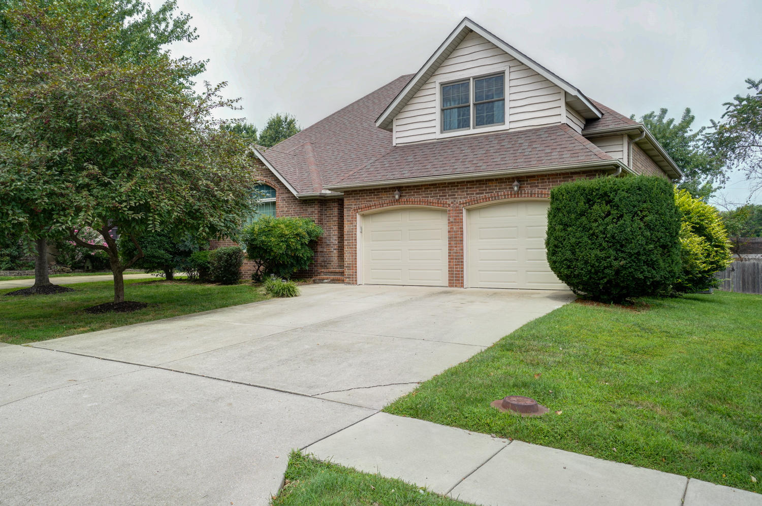 2231 West Winchester Street Springfield, MO 65807