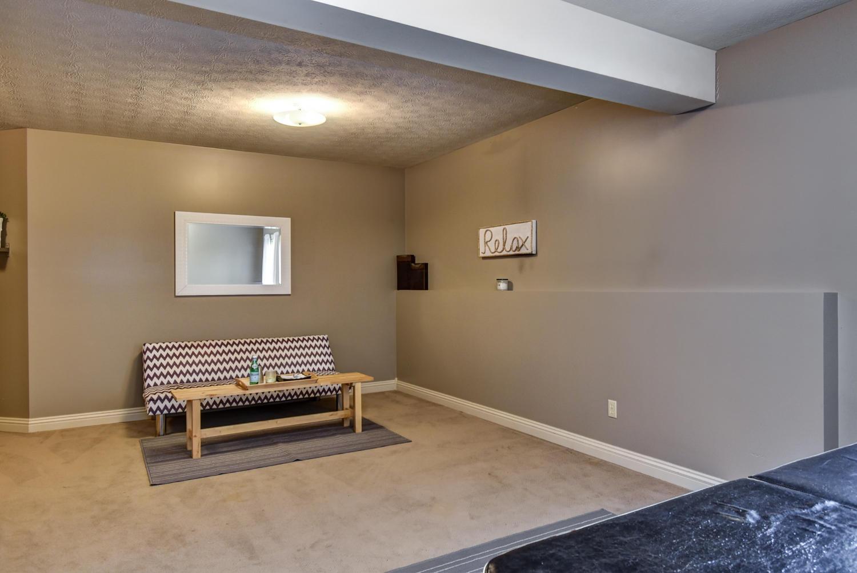 4726 East Deer Valley Lane Springfield, MO 65802