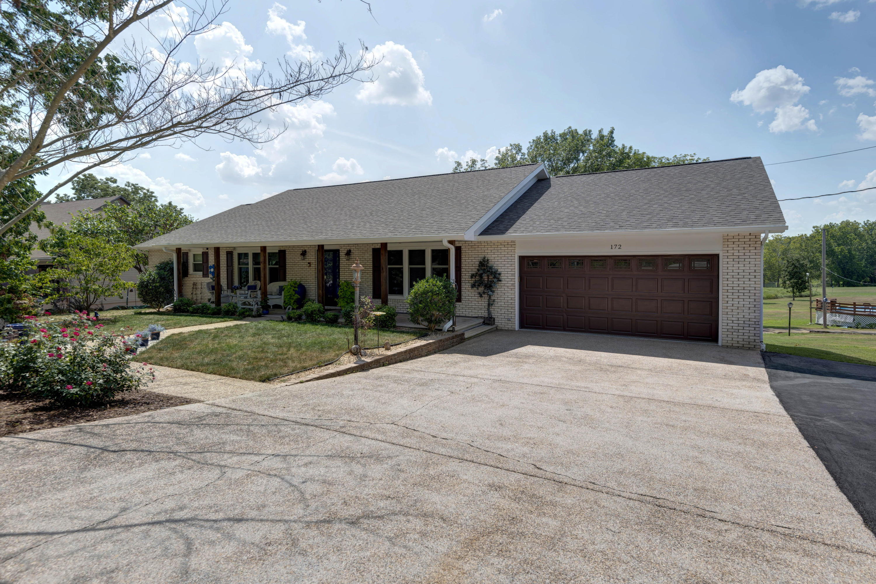 172 Potential Drive Hollister, MO 65672