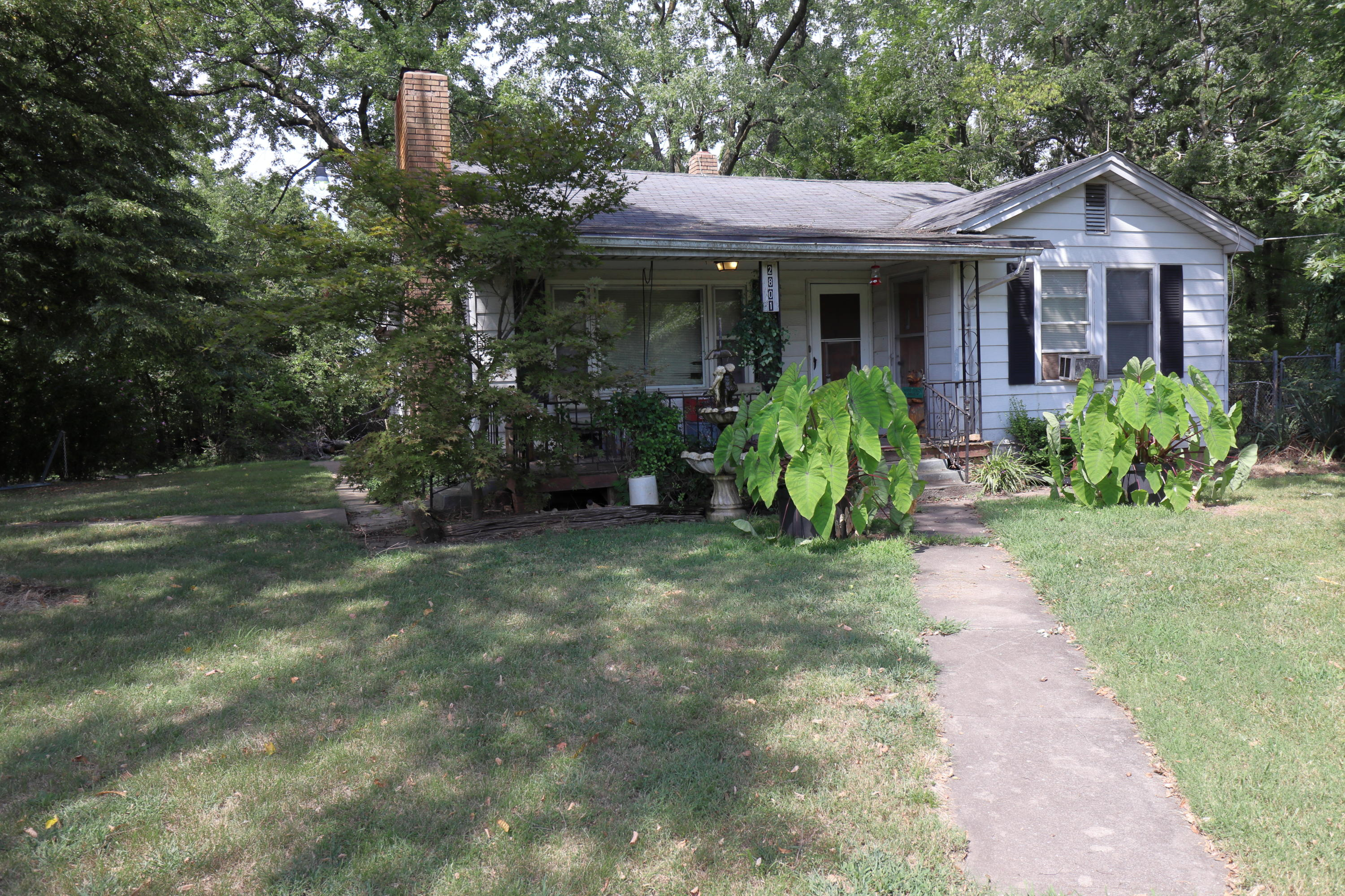 2757&2801 West Norton Road Springfield, MO 65803