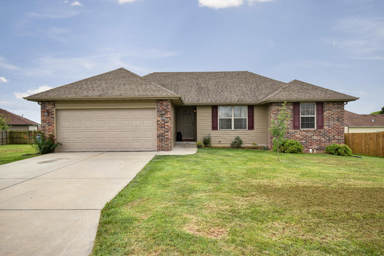 606 Osage Street Clever, MO 65631