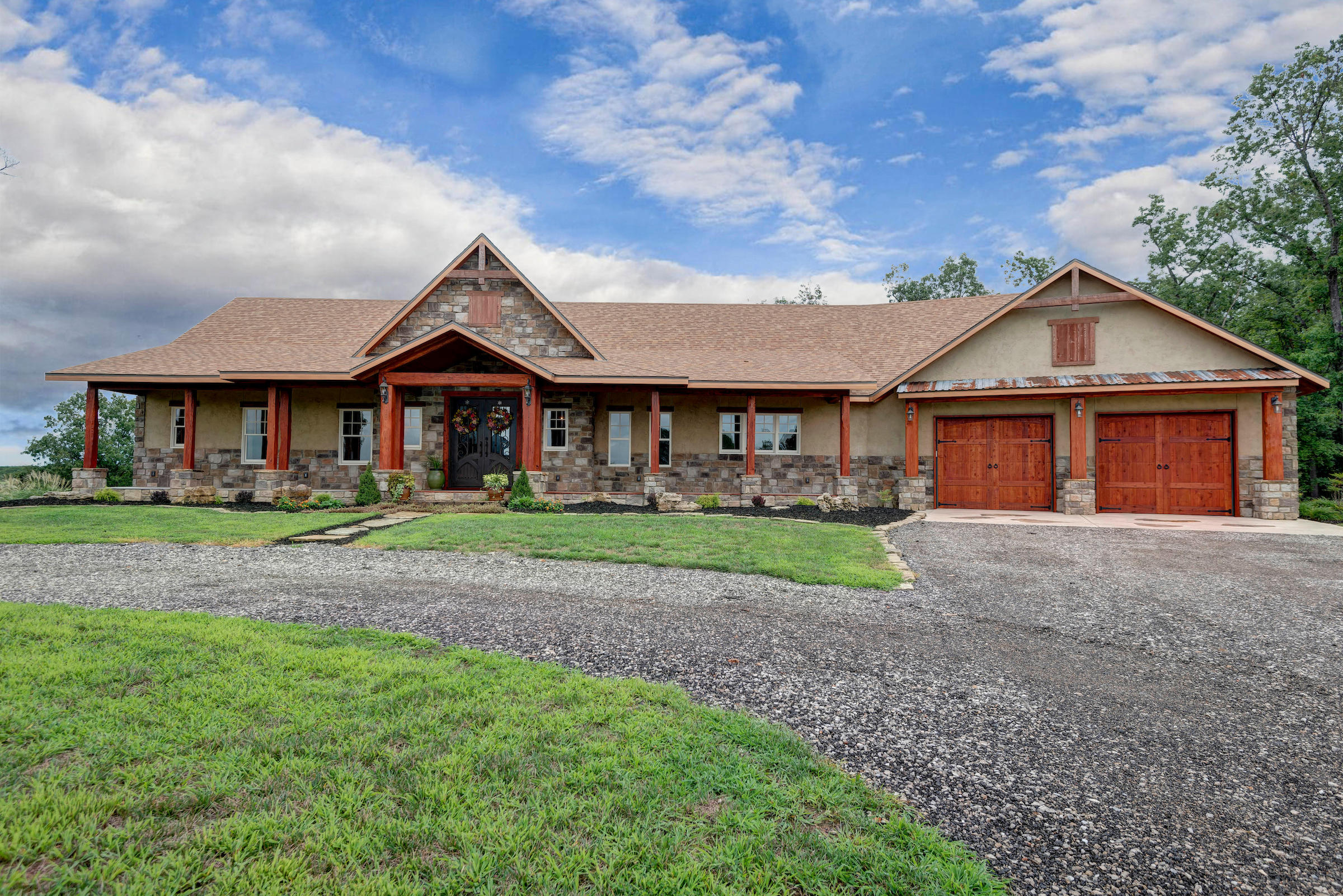 3508 South Farm Road Rogersville, MO 65742