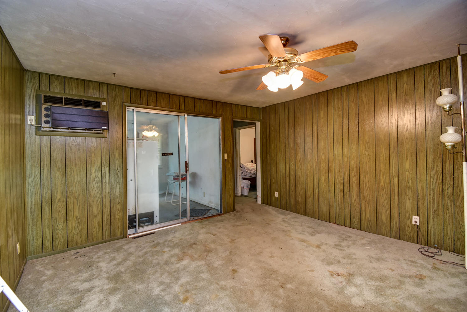 4742 South Roslyn Avenue Springfield, MO 65804