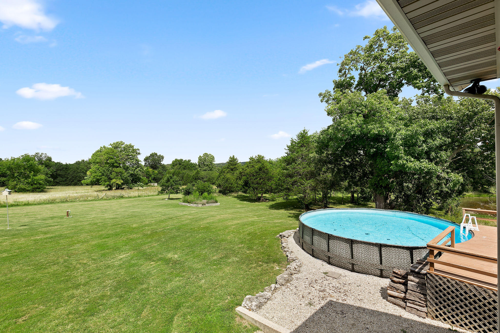 8141 East Rocky Ridge Lane Fair Grove, MO 65648