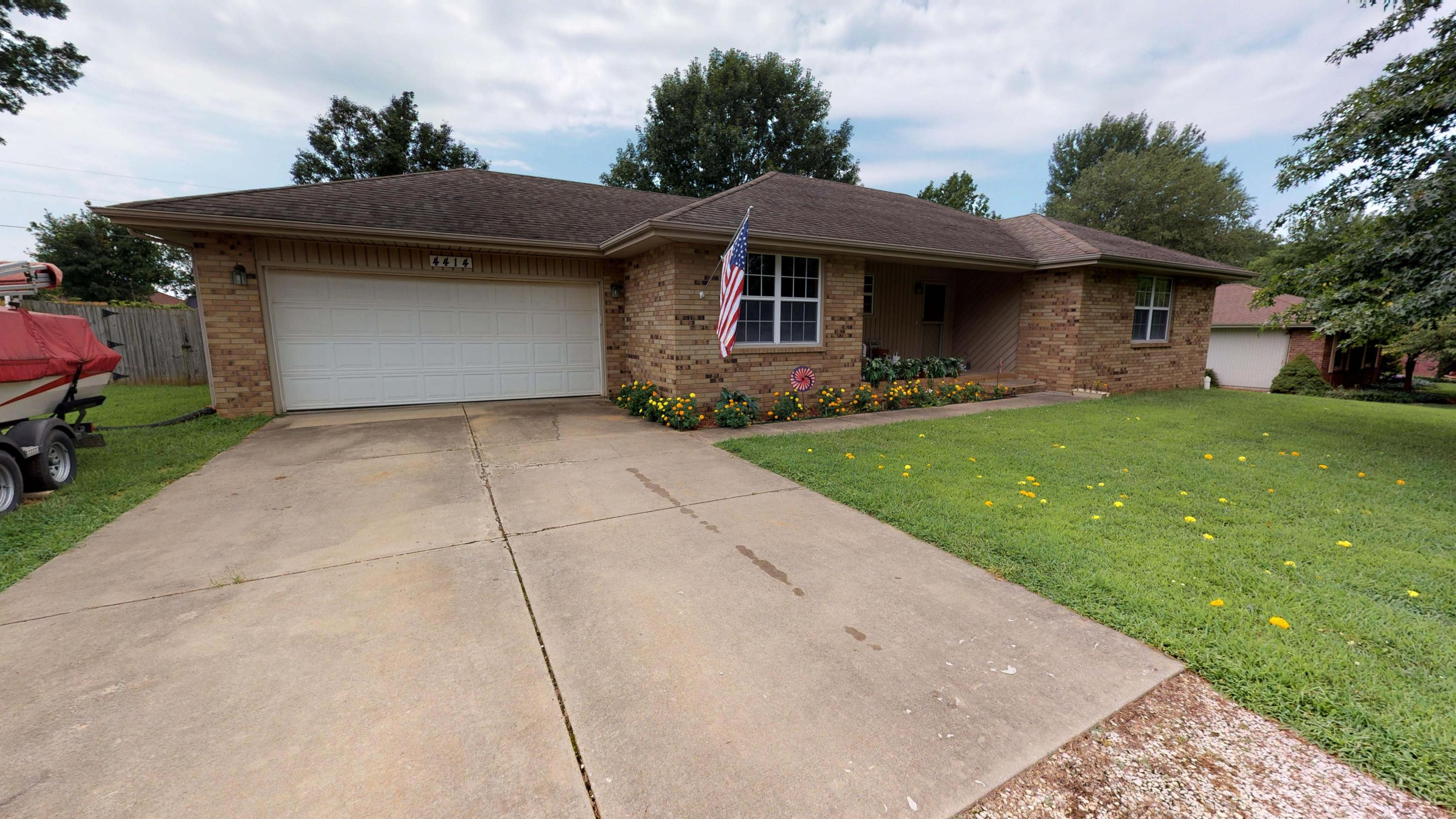 4414 West Curtice Drive Battlefield, MO 65619