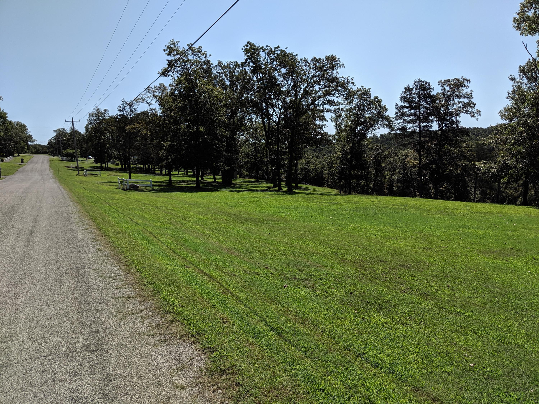 613 Lake Ranch Road Kissee Mills, MO 65680