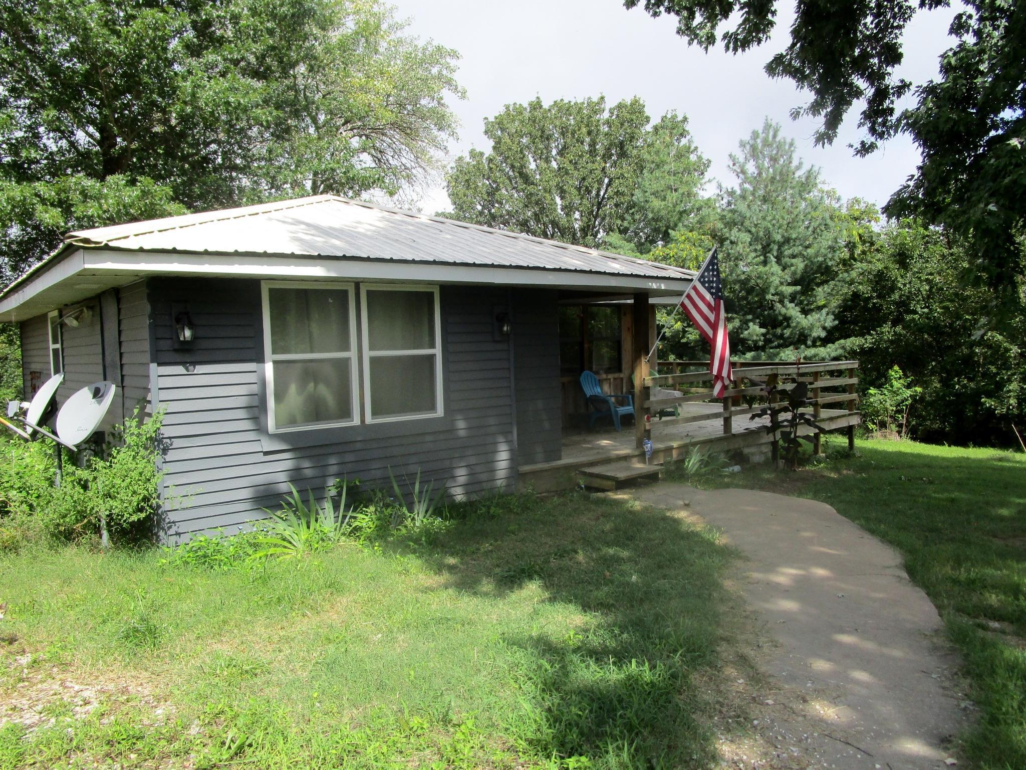 1627 Fletcher Ridge Rd Seligman, MO 65745