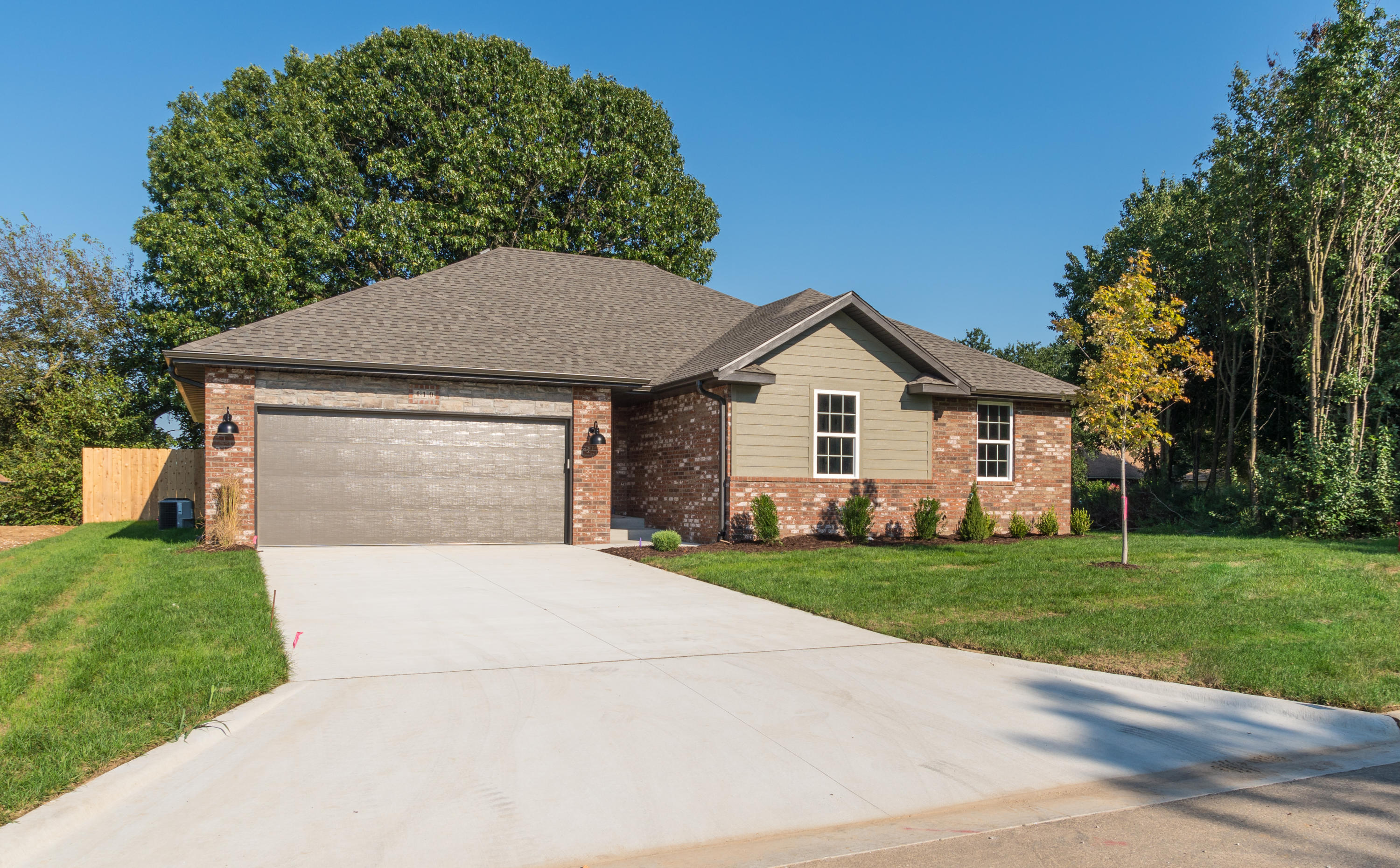 410 Laurel Lane Nixa, MO 65714