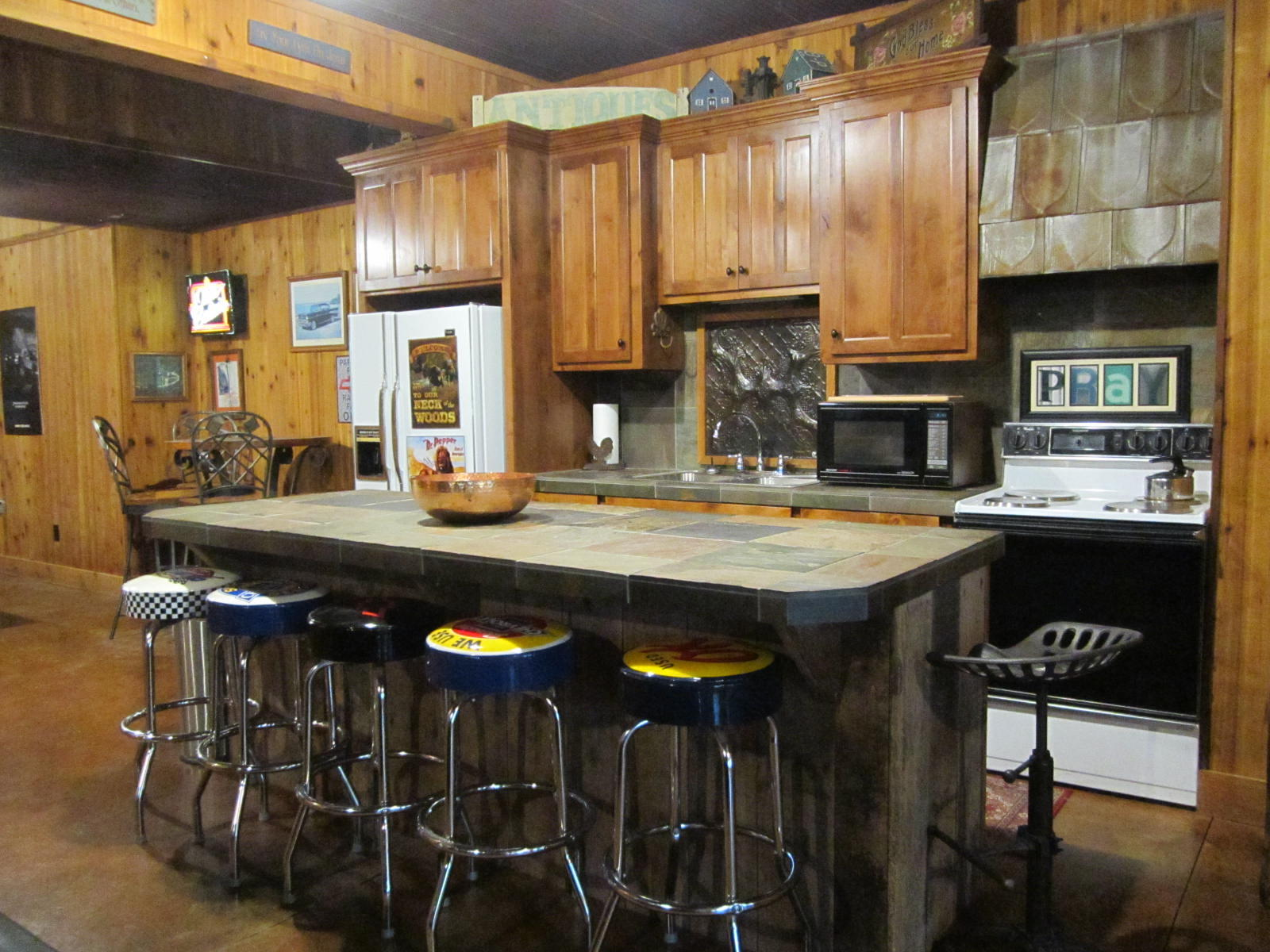 4348 South 160th Road Bolivar, MO 65613