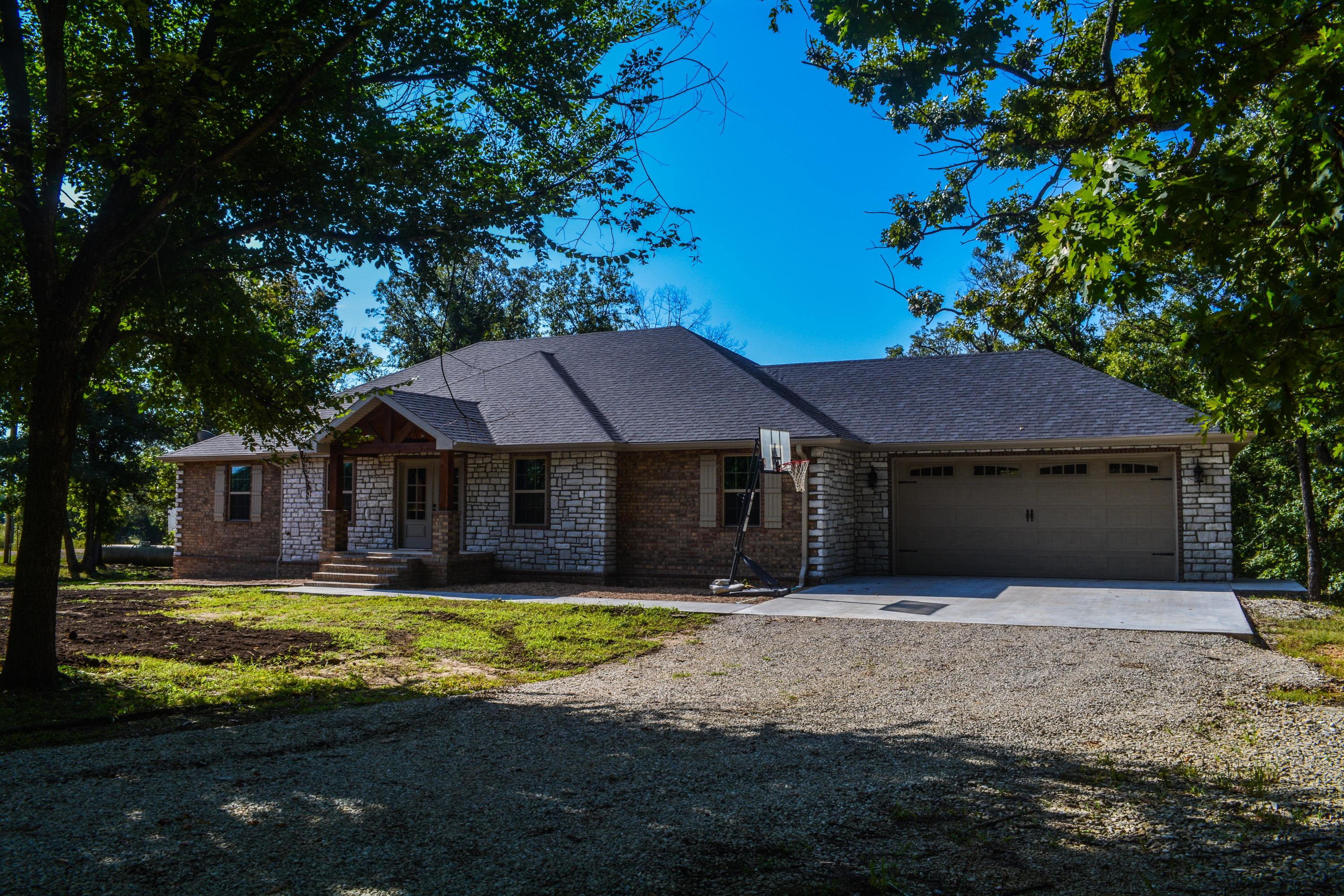 30622 Co Rd Cross Timbers, MO 65634