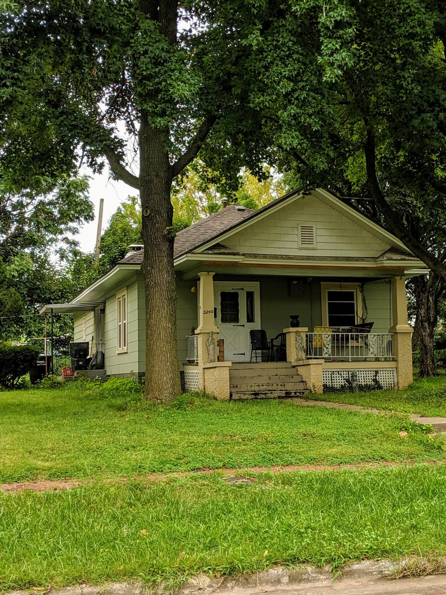 2240 North Howard Avenue Springfield, MO 65803