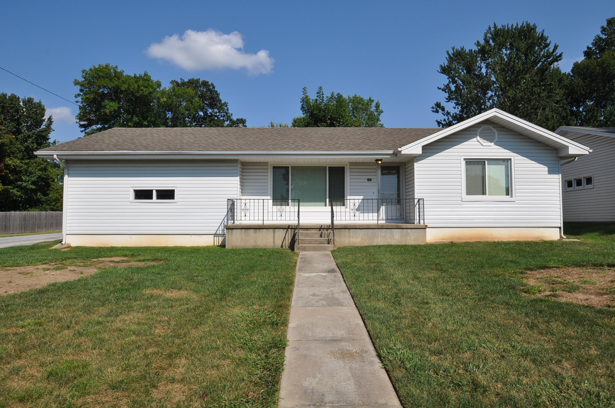 302 South 6th Street Ozark, MO 65721