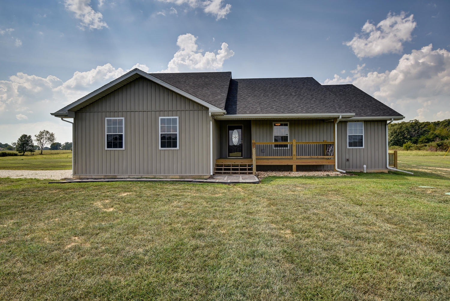3209 Johns Ford Road Rogersville, MO 65742