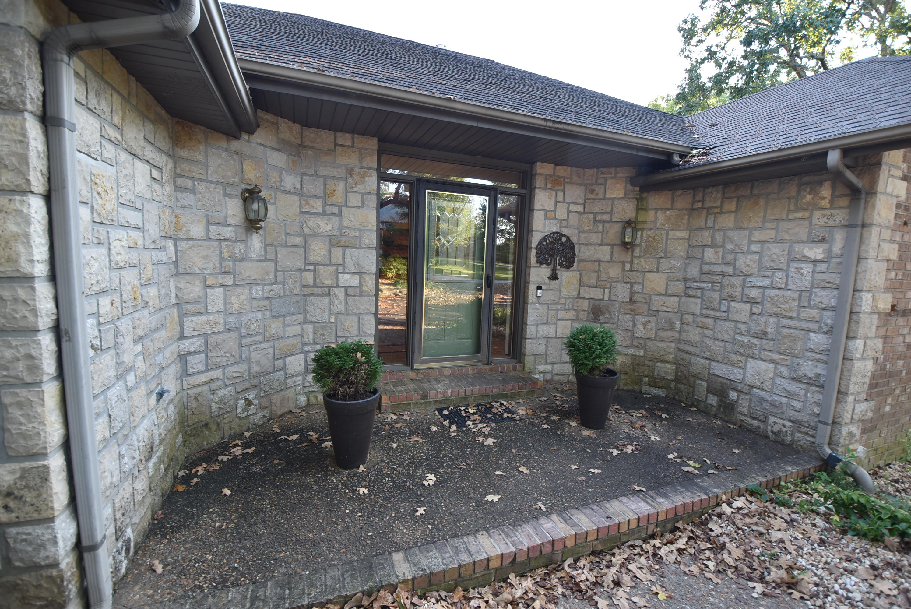 1230 East River Road Springfield, MO 65804