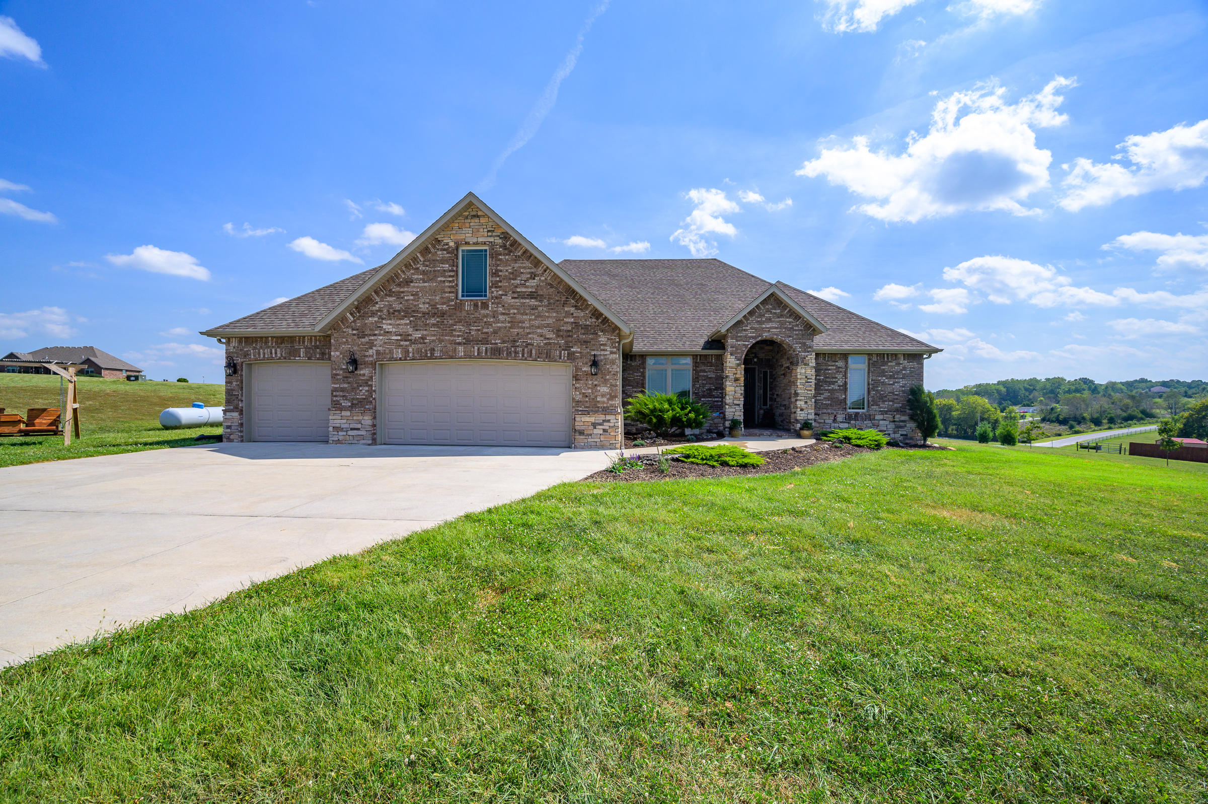 104 Ridgerock Court Ozark, MO 65721
