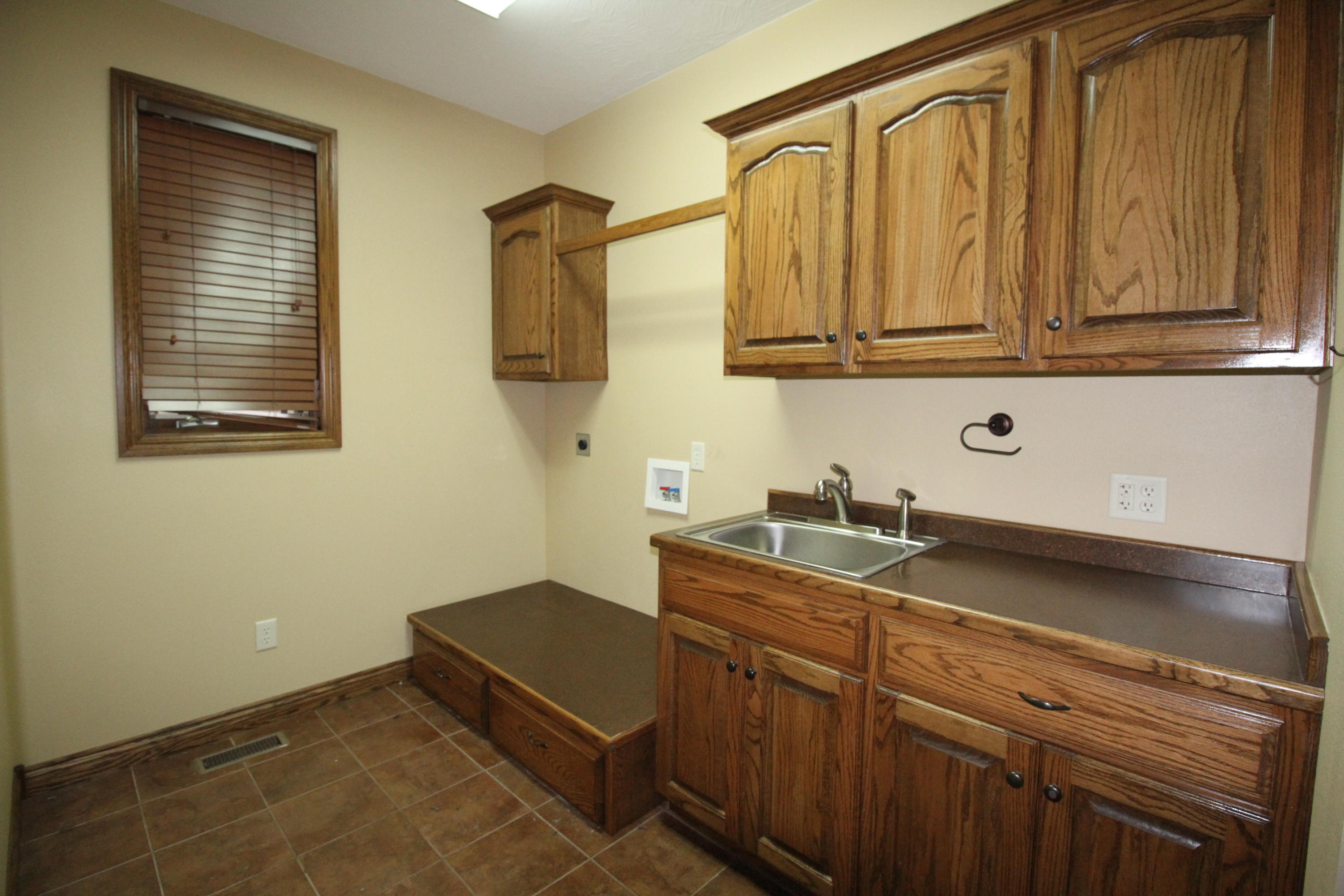 5338 South Fort Avenue Springfield, MO 65804