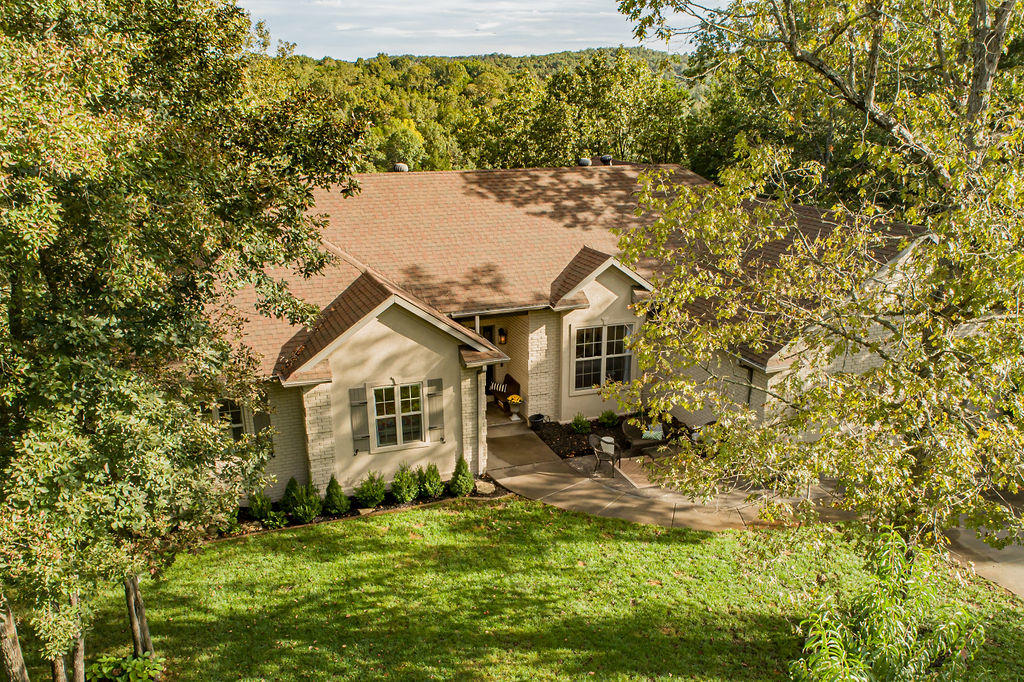 854 Silvercliff Way Reeds Spring, MO 65737