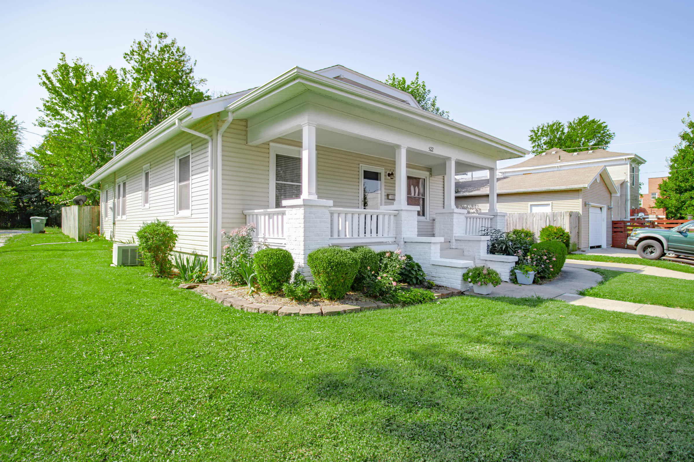 522 West Scott Street Springfield, MO 65802