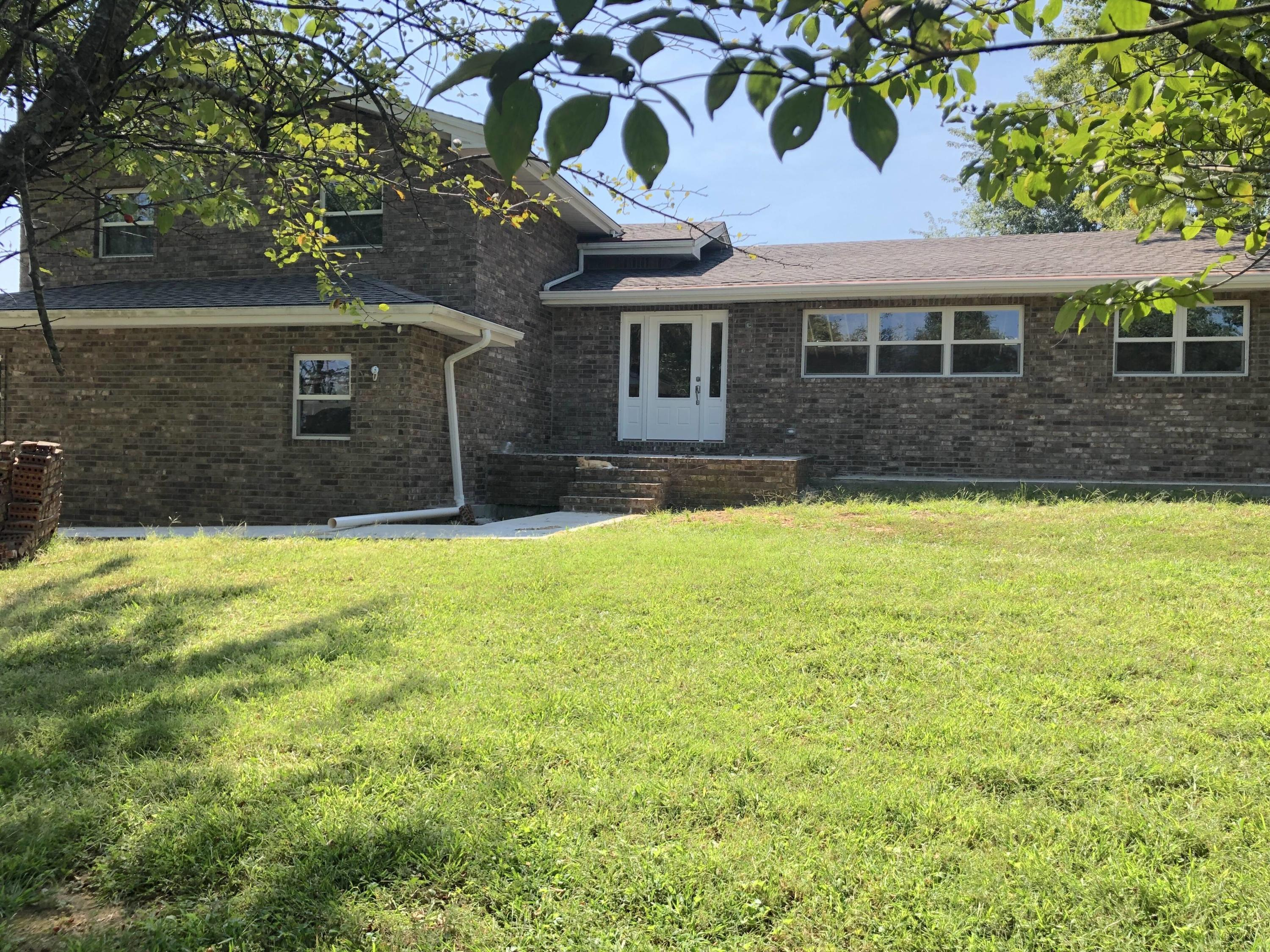 3444 East County Line Road Rogersville, MO 65742