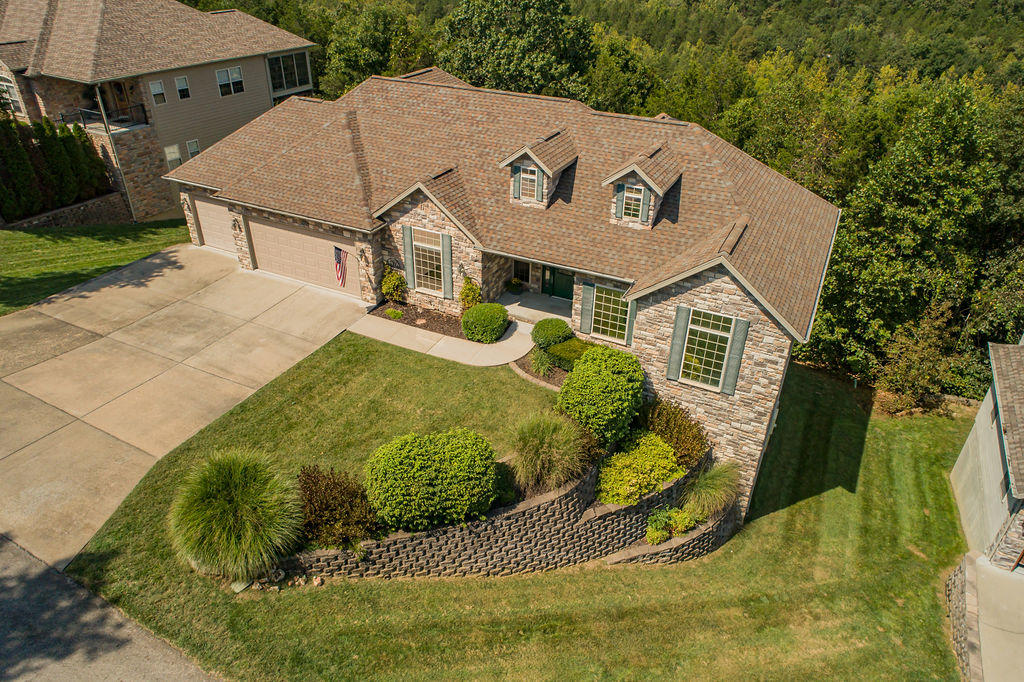 862 Silvercliff Way Reeds Spring, MO 65737