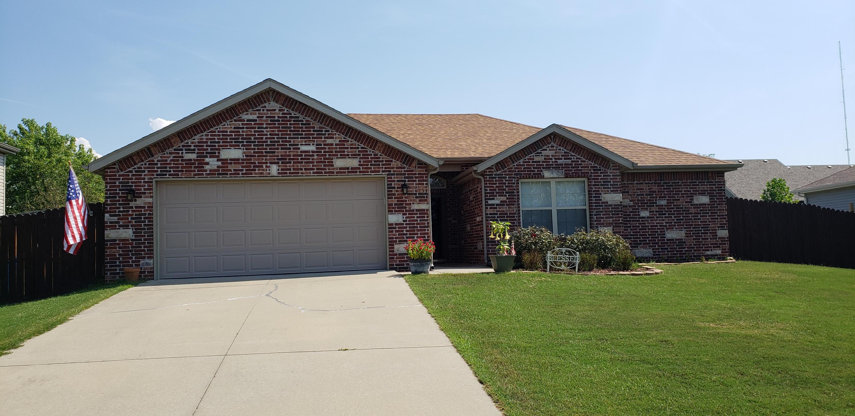 323 Holts Lake Drive Branson, MO 65616