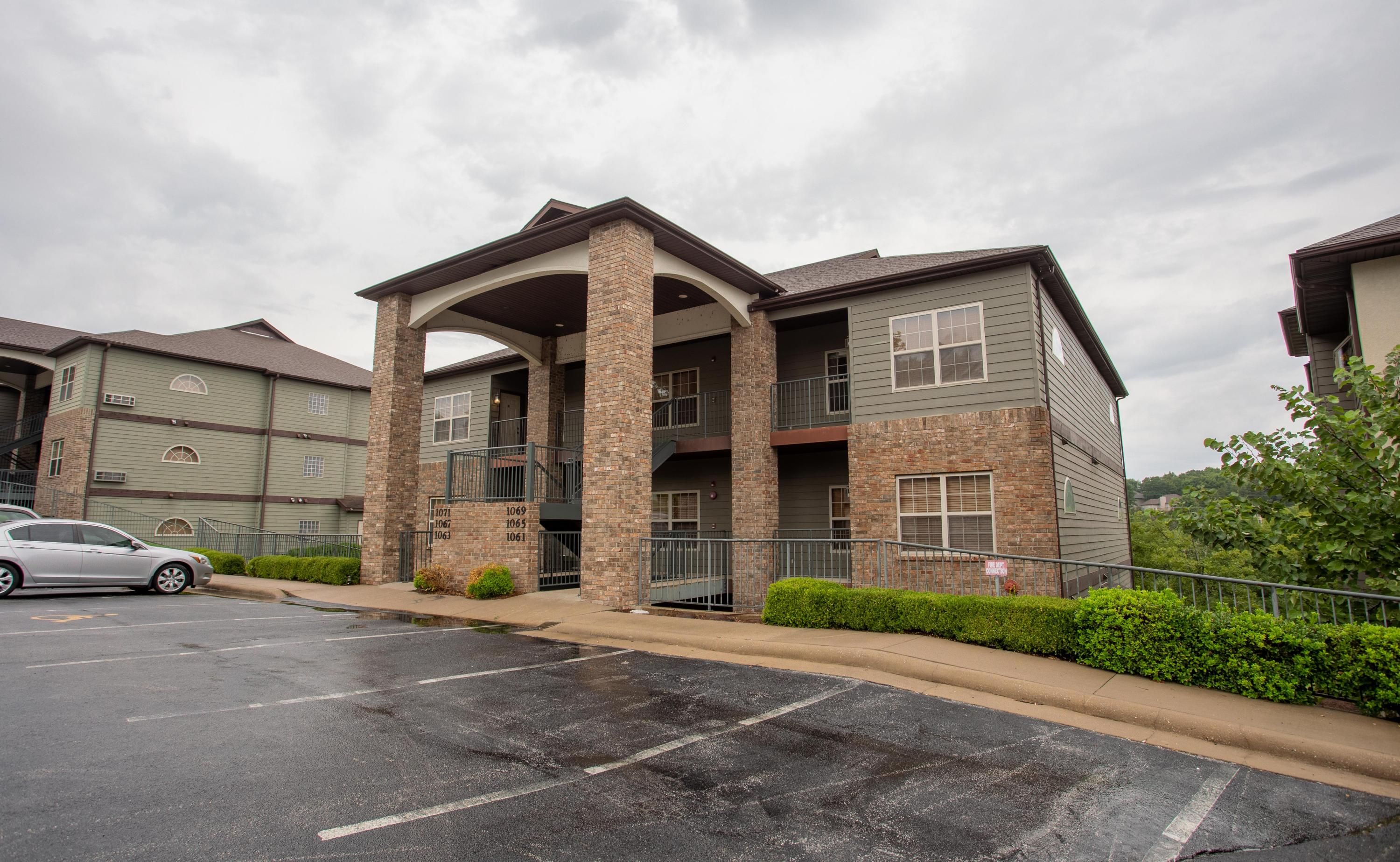 1061 Golf Drive #2 Branson West, MO 65737