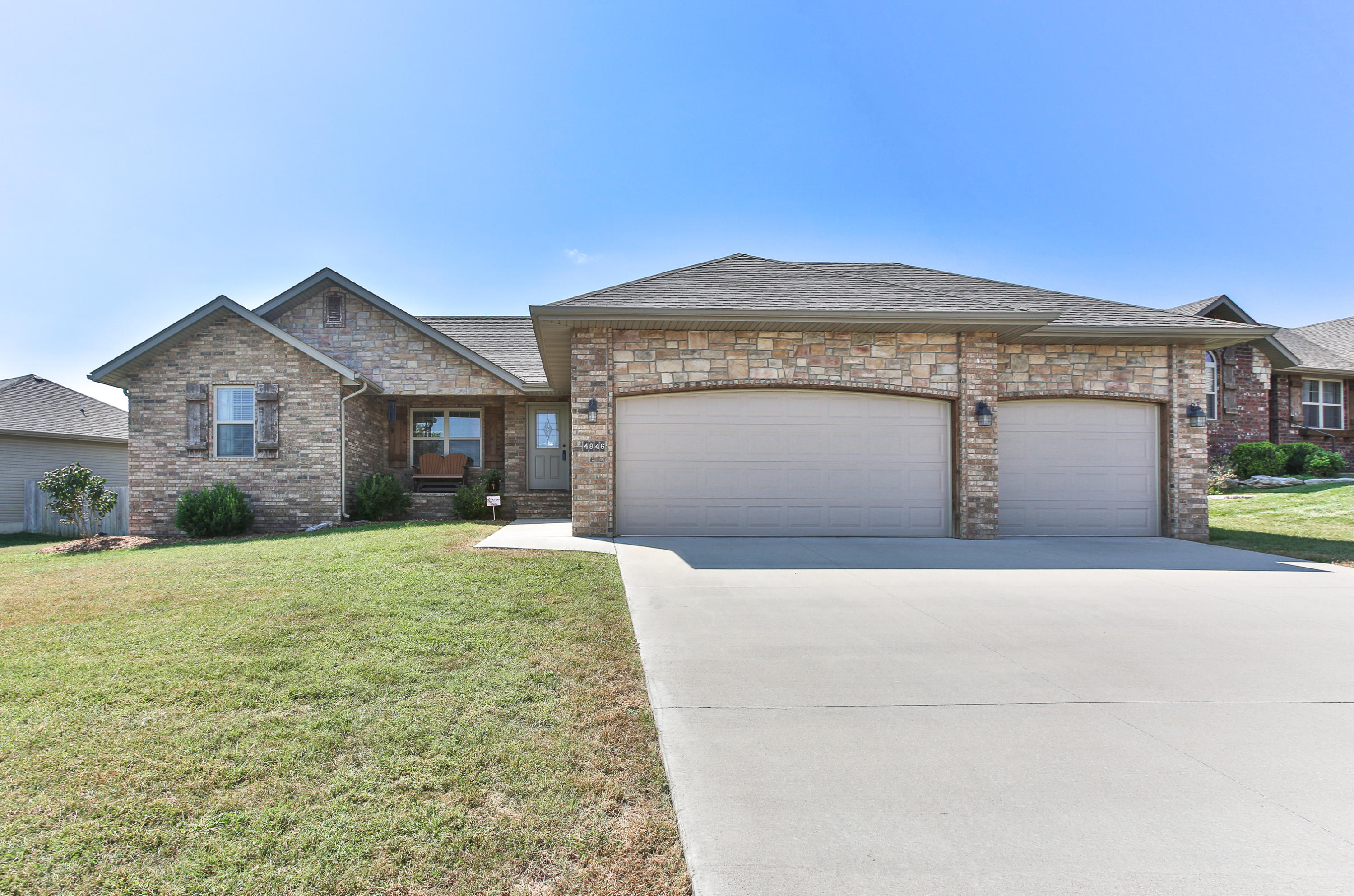 4846 West Silo Hills Drive Springfield, MO 65802