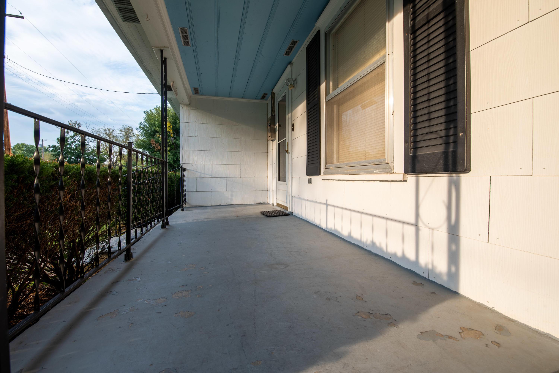 2136 North Hoffman Avenue Springfield, MO 65803