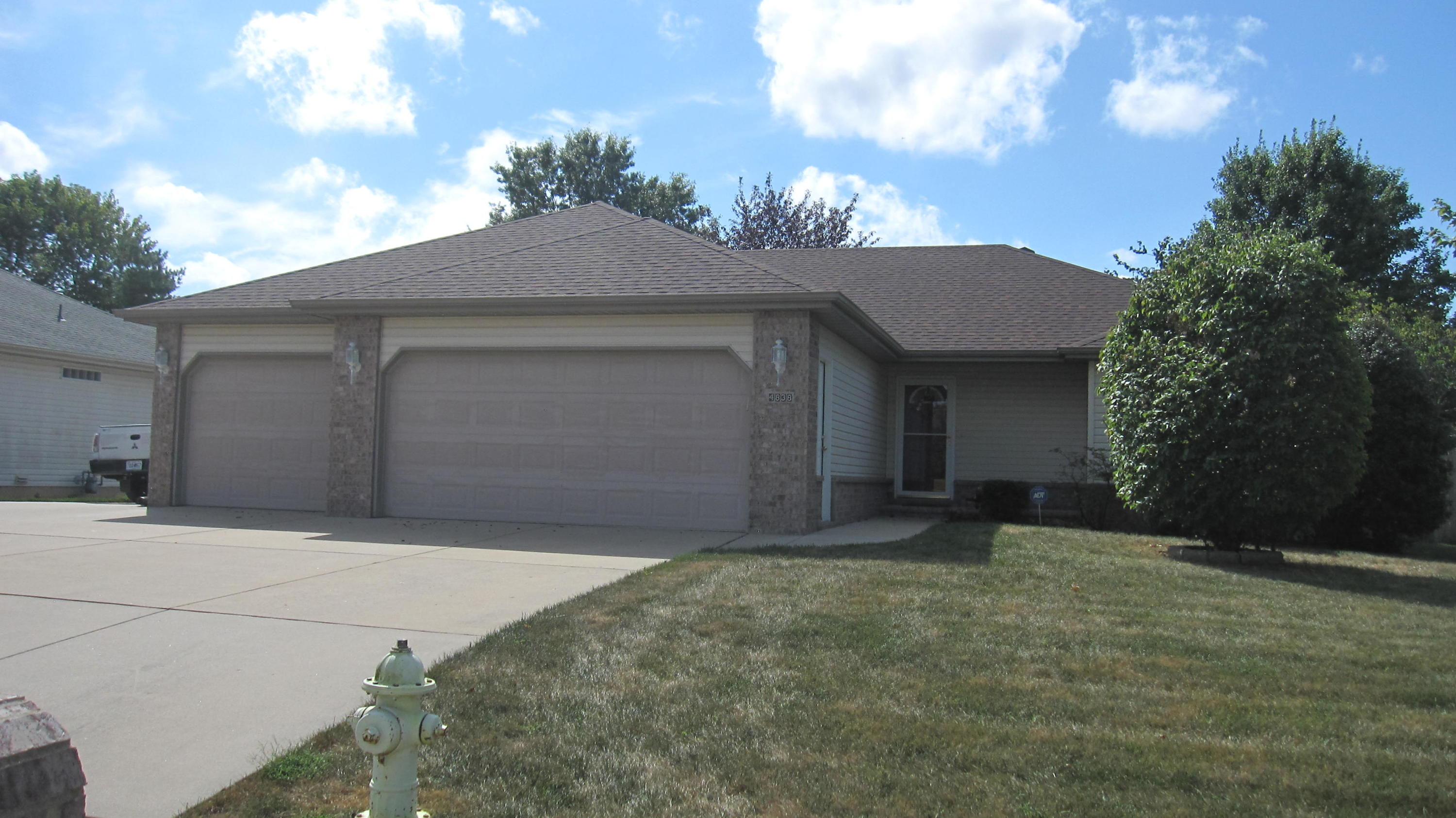 4838 West Stanford Street Springfield, MO 65802