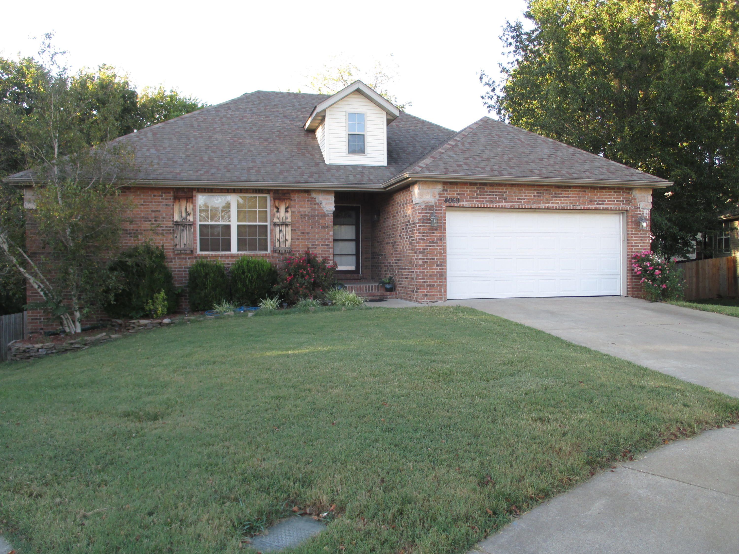 4059 Page Place Springfield, MO 65802
