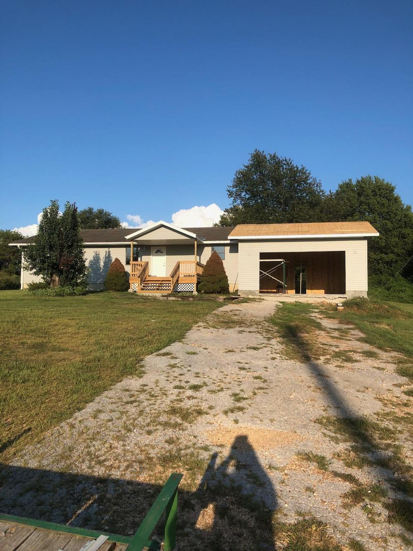 1196 Highlandville Road Highlandville, MO 65669