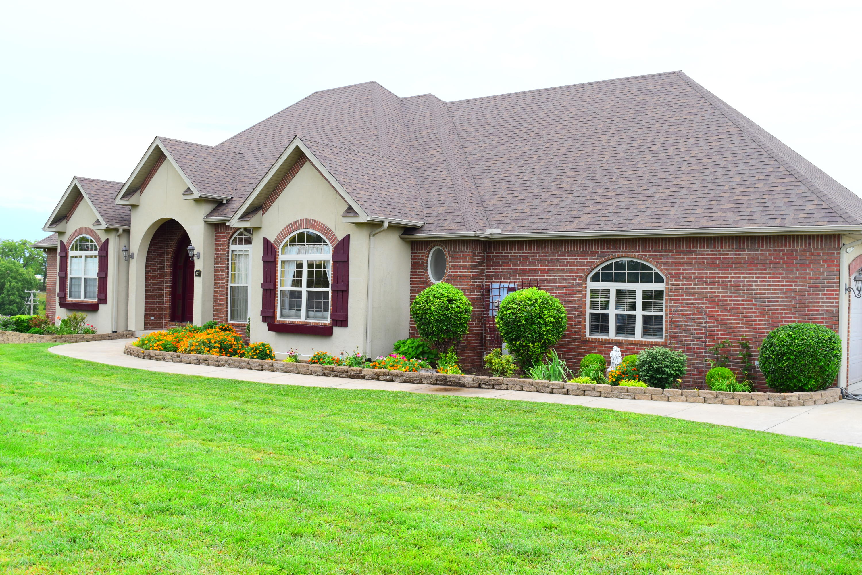 171 Whitetail Drive Walnut Shade, MO 65771