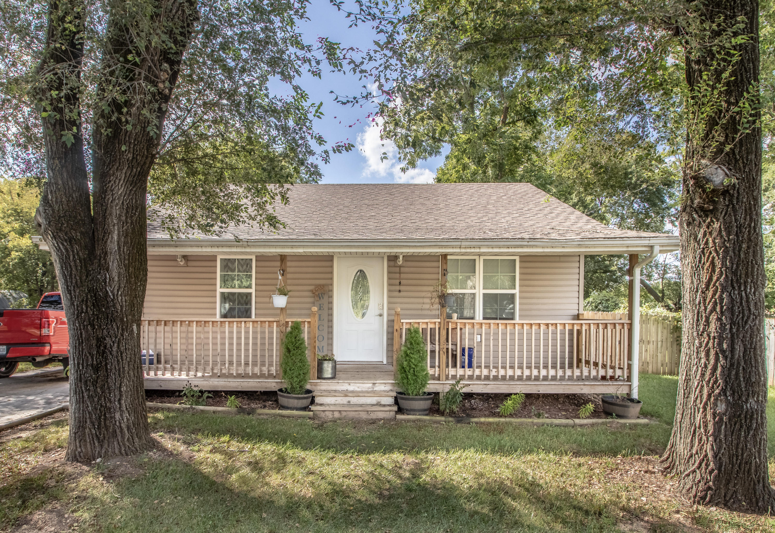 3305 North National Avenue Springfield, MO 65803