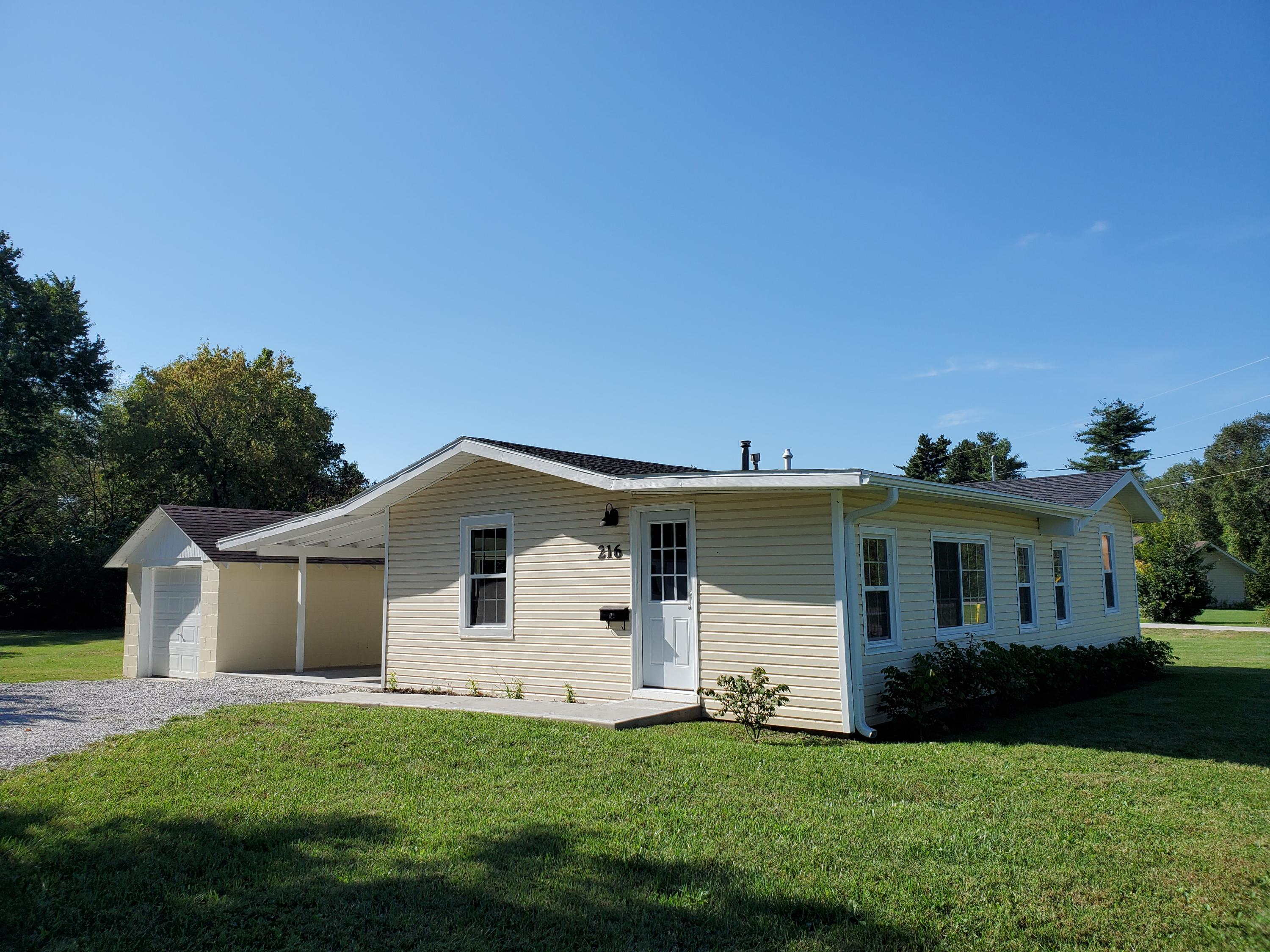 216 West State Highway Republic, MO 65738