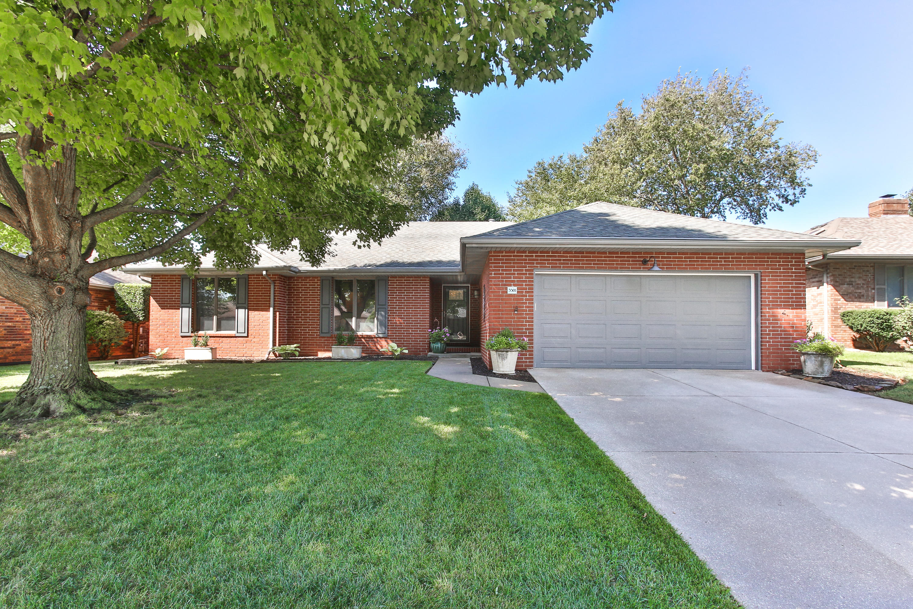 3501 South Southvale Court Springfield, MO 65804