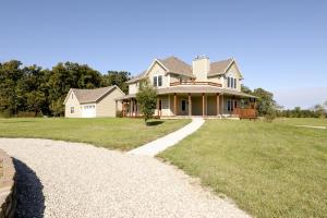 3555 South Farm Rd 253, Rogersville, MO 65742