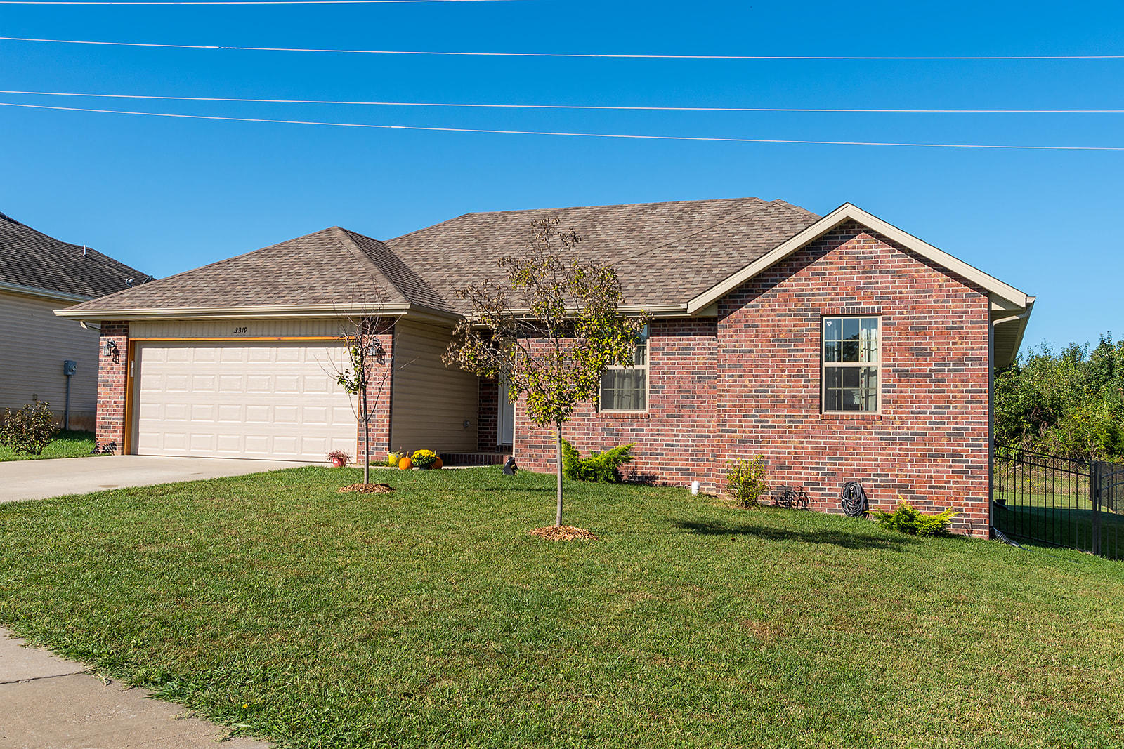 3319 South Hillcrest Street Springfield, MO 65807