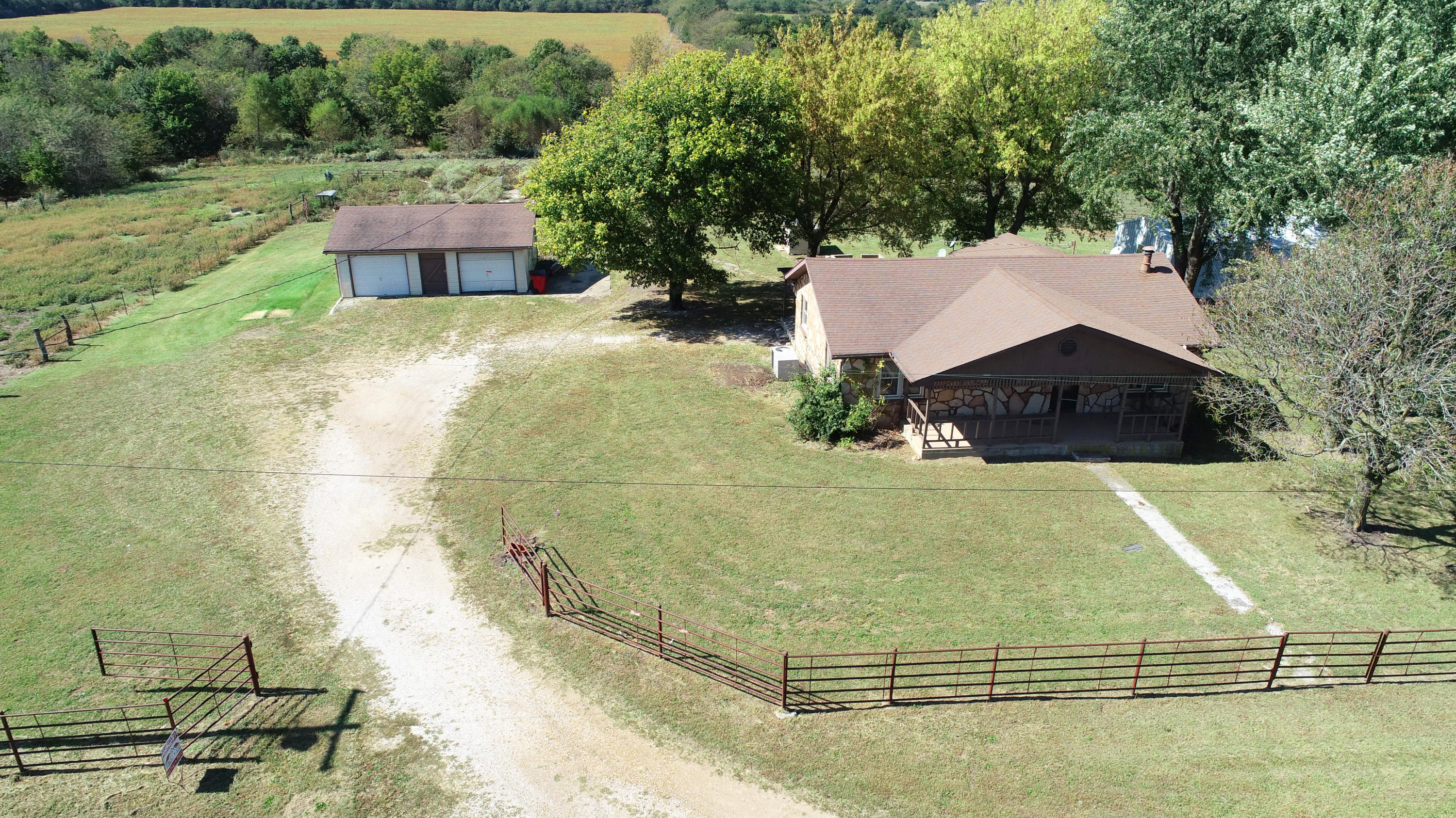 4373 South 218th Road Halfway, MO 65663