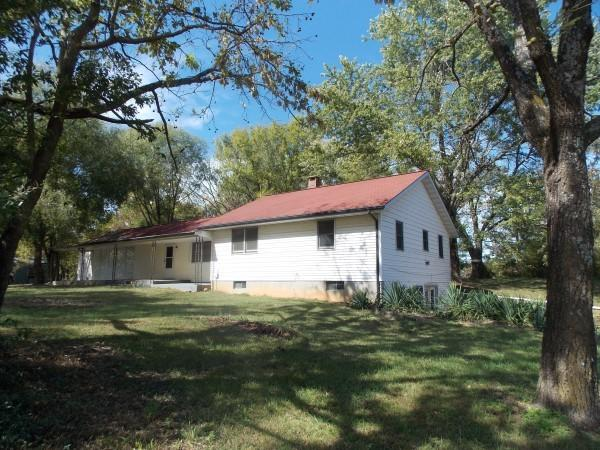 8076 Co Rd Peace Valley, MO 65788