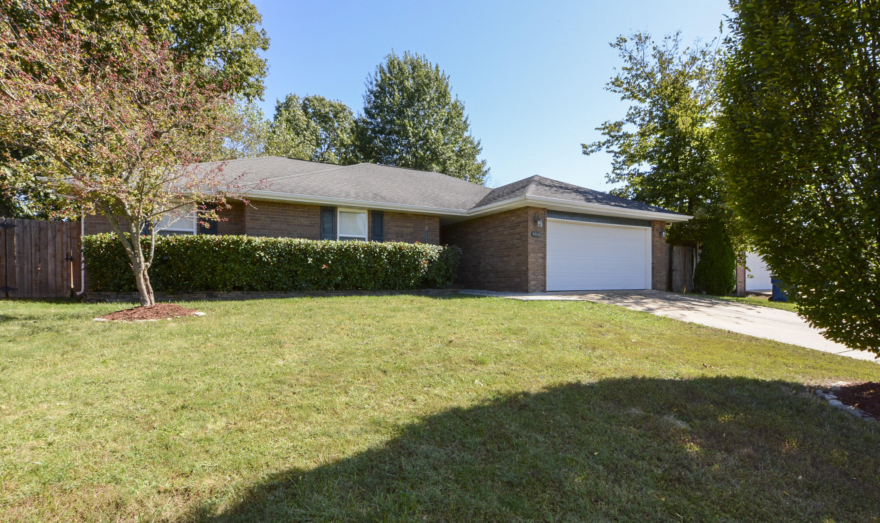 4606 South Ridgeview Avenue Battlefield, MO 65619