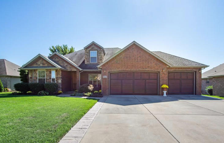 4496 East Summerfield Drive Springfield, MO 65802