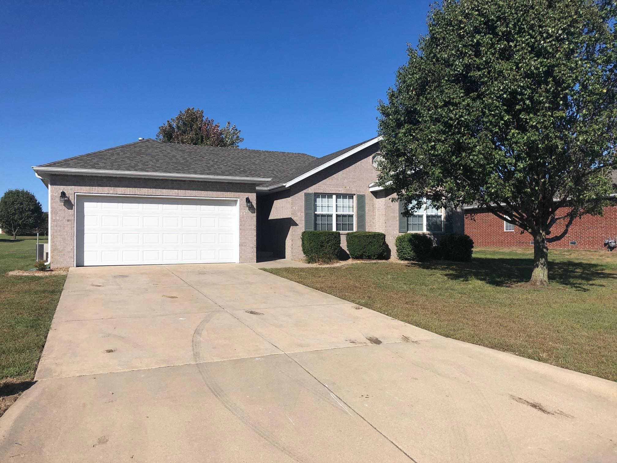 517 Silver Leaf Lane Willard, MO 65781
