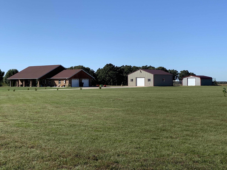 18902 Farm Rd. Aurora, MO 65605