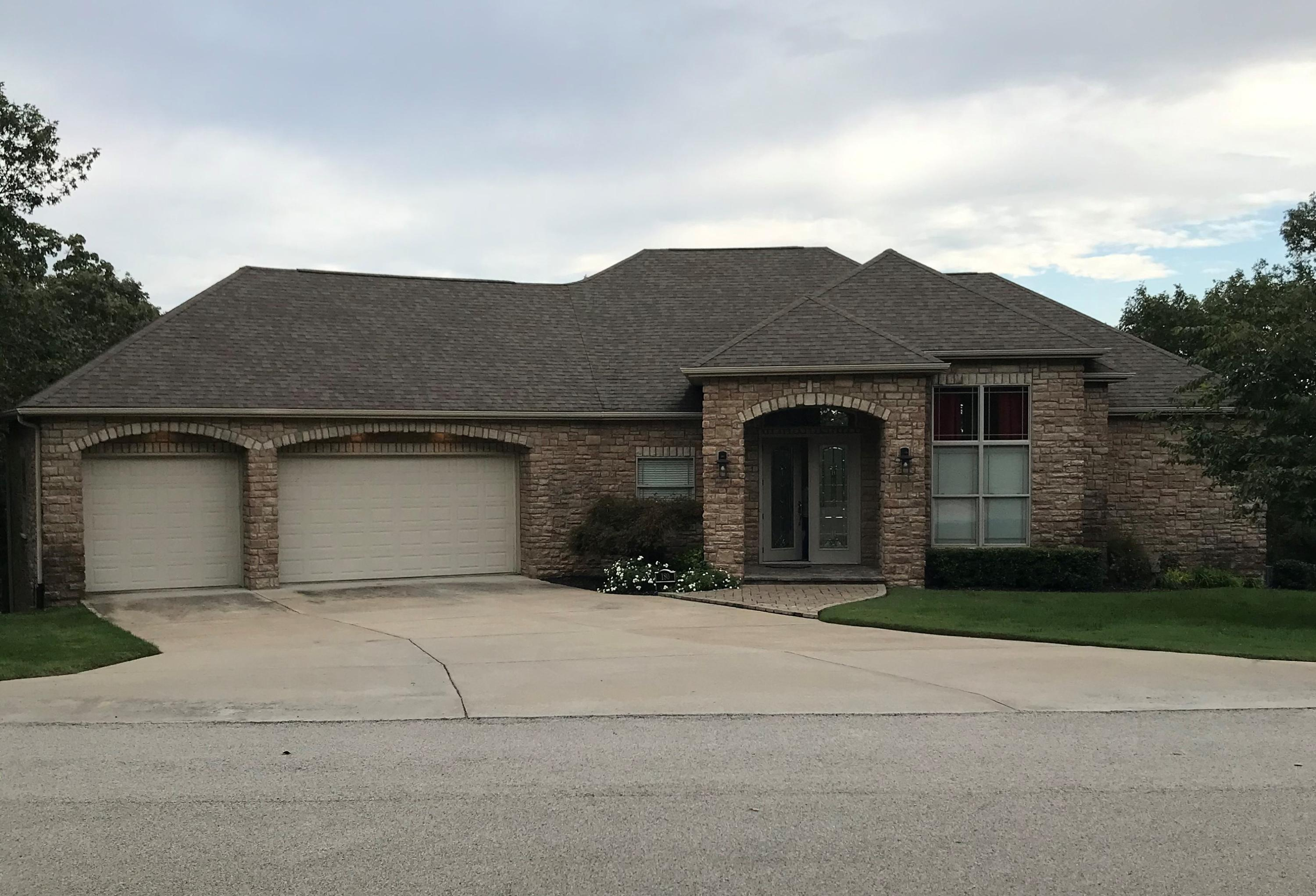 180 Woodhaven Circle Hollister, MO 65672