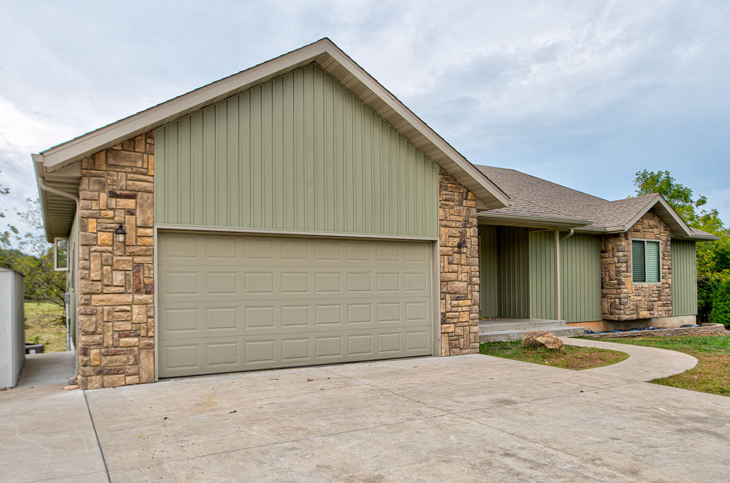 399 Hedge Apple Drive Strafford, MO 65757